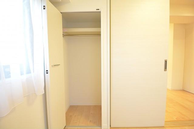 光建ハイムブリリアンス日本橋浜町四番館 約4.8畳の洋室のクローゼット