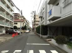藤和用賀コープ 前面道路