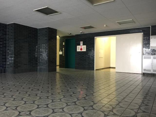 藤和用賀コープ エントランスホール