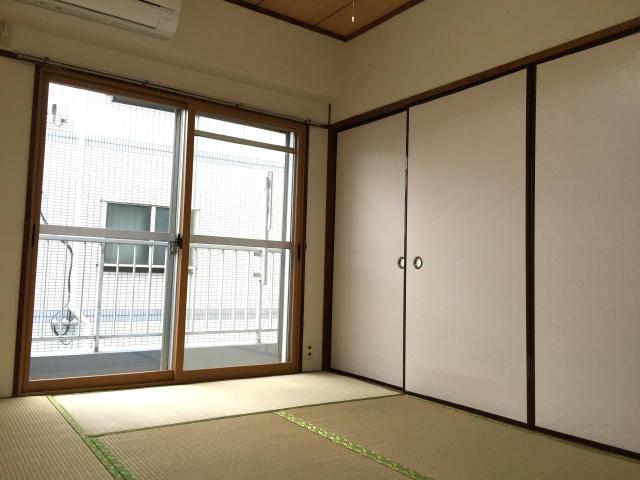藤和用賀コープ 和室6帖(中央)