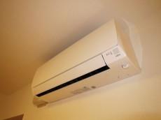 目白ガーデニア エアコンが一台新規取付されています416