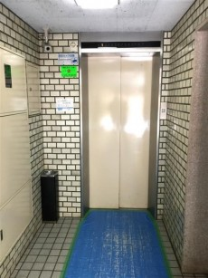 クレール三田 エレベーター