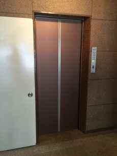 日商岩井本郷マンション エレベーター