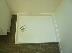 柿の木坂パレス 洗濯機置き場です。