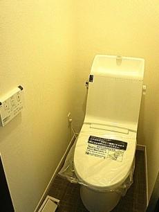 柿の木坂パレス ウォシュレット付トイレです。