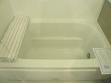 浴室換気乾燥機付き 浴室。