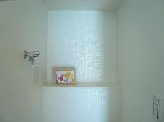 田園調布サニーハイツ 洗濯機置き場のカウンター部分。