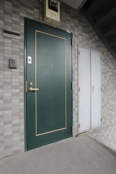 セントラルハイツ 玄関外301