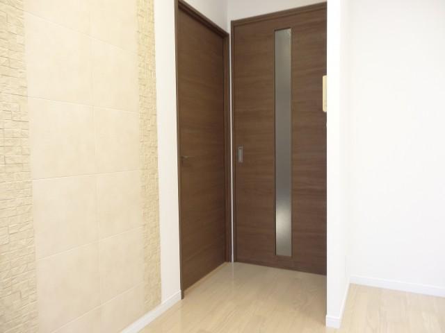 洋室とDKの扉