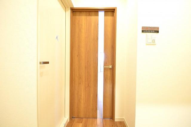 トゥール高輪 LDKの扉