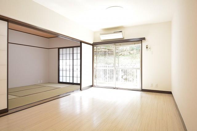 2部屋つなげると広々とした空間になります♪