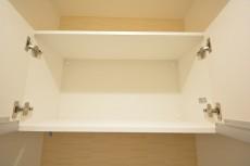 トゥール高輪 トイレ収納