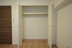 ラインコーポ箱崎 約6.3畳の洋室収納