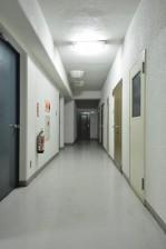 四谷サンハイツ 内廊下
