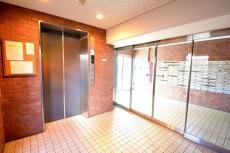 エル・アルカサル三田 エレベーター