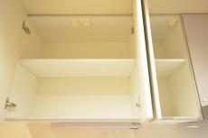 上馬ハイデンス キッチン上部の収納