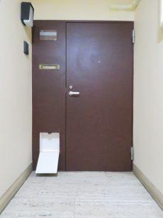 自由ヶ丘センチュリーマンション 玄関扉