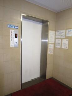 新宿御苑ダイカンプラザ エレベーター