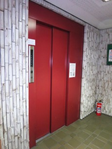 グレースプラザ若松町 エレベーター