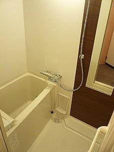 六本木東豊エステート バスルームです。