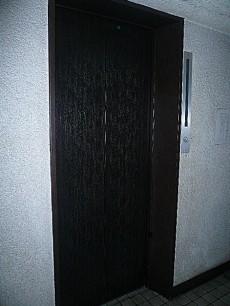六本木東豊エステート エレベーターです。