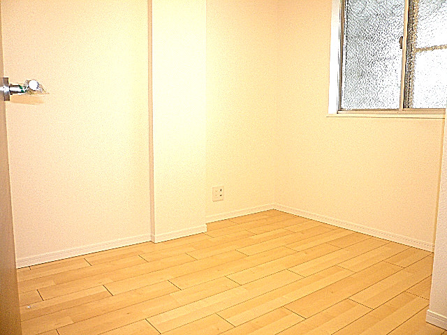 駒沢コーポラス 洋室4.0帖