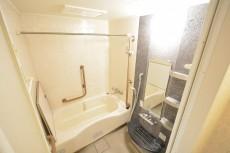 ヴェラハイツ浜町 浴室