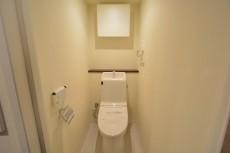 ストークビル赤坂  トイレ602
