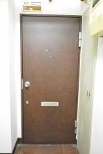 ライオンズマンション神楽坂 玄関扉