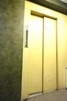 メナー代田 エレベーター