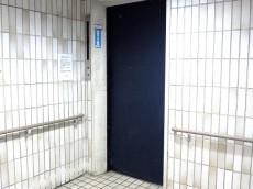上馬ハイホーム エレベータホール