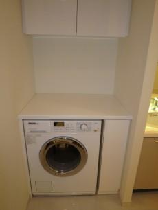 ミーレ社の洗濯機付