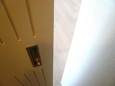 お部屋への扉