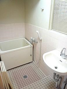 六本木グランドール 浴室です。