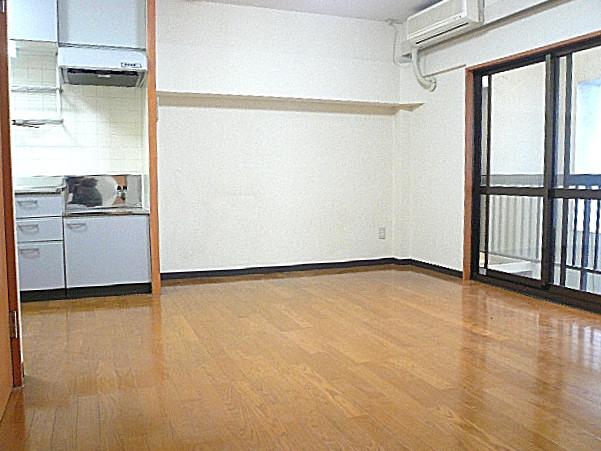 六本木グランドール LDK11.0帖