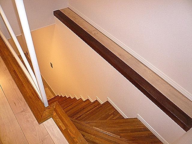 ジェイパーク目黒東山 B1Fへの階段