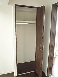 六本木ハイツ 洋室5.6帖 クローゼット 801