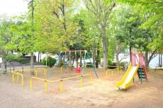 ファミール築地 公園3
