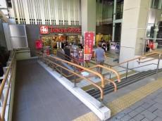東建マンション学芸大 商店街