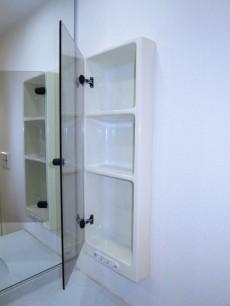 ゆったりサイズの洗面化粧台