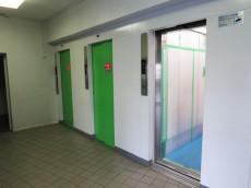 戸山ハイツ エレベーター