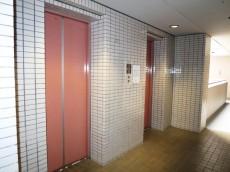 ルネ御苑プラザ エレベーター