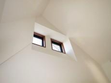 スカーラ四谷 洋室上部の天窓