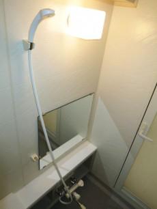 スカーラ四谷 ゆったりサイズのバスルーム