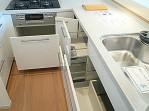 深沢ハウス キッチン収納204