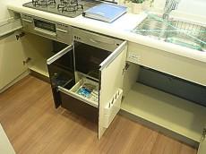 恵比寿グリーンハイム システムキッチン収納