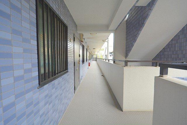 セザール月島 外廊下
