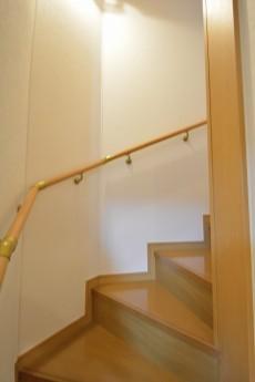 セボン世田谷桜 1階~2階階段