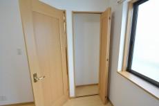 セボン世田谷桜 3階洋室6.3収納