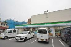 セボン世田谷桜 ファミマ